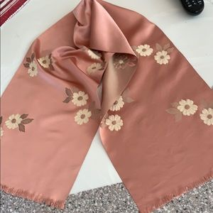 Scarf silk w/embroidery vintage. Dusty rose/beige